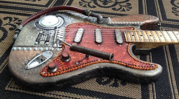 Guitar04